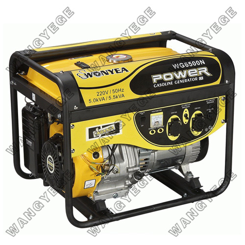 Single Phase Gasoline Generator with 5kW Rated and 12V/8.3A DC Output